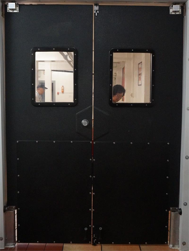 Locking Swing Doors - Swinging Traffic Door With Lock - Swinging ...
