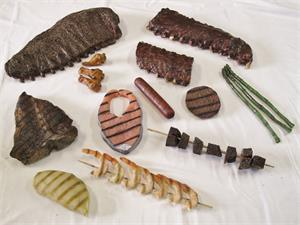 fake-bbq-food.Replica Barbecue Foods- Fake grilled meats for display.