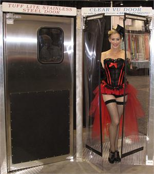 Las-Vegas-Trade-Show-Door-Demo