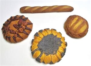 Replica Bakery Breads For Display at Fake Foods and More.